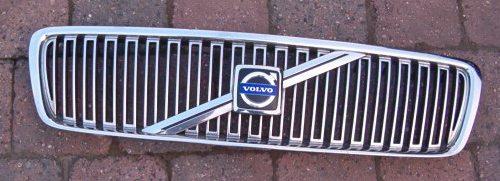 """""""�elazne"""" logo Volvo wraca do gry"""