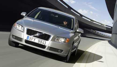 Volvo S80 – wysoki poziom bezpiecze�stwa